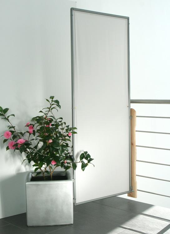 sichtschutz paravents als mobile werbefl chen mit textilem. Black Bedroom Furniture Sets. Home Design Ideas