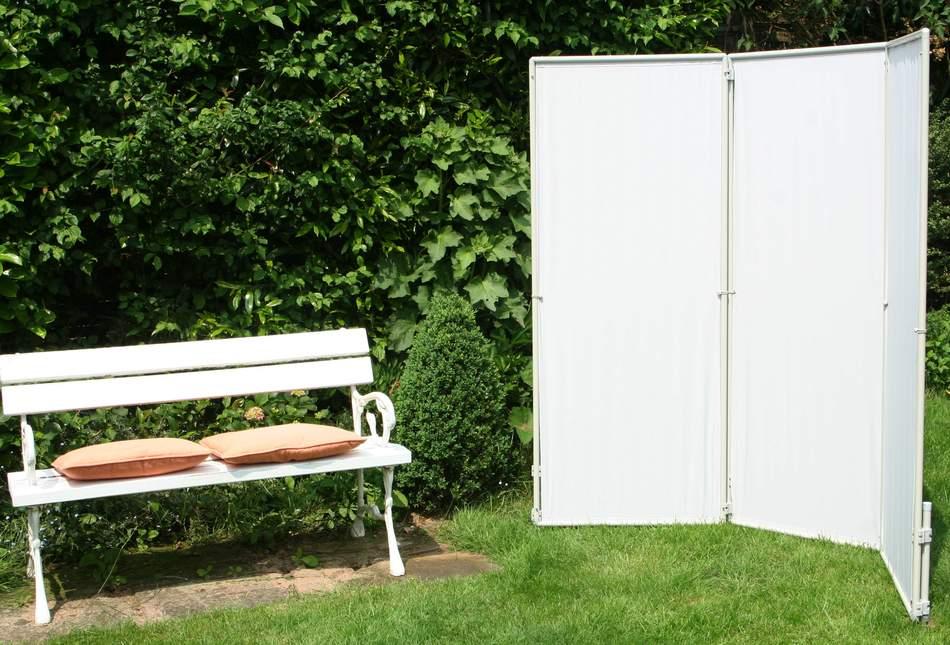 mobile sichtschutz paravents von peddy shield sch tzen auf m rkten vor k lte und wind. Black Bedroom Furniture Sets. Home Design Ideas